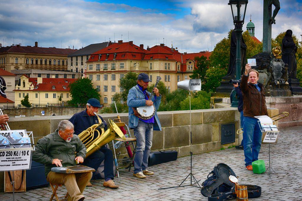 PragueStreetMusician